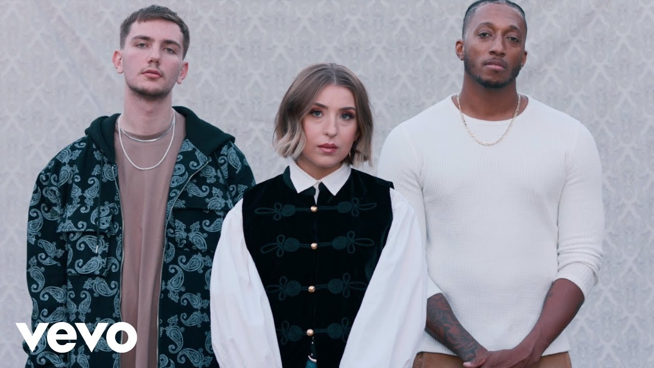 Download Hulvey - Reasons (Official Video) ft. Lecrae, SVRCINA