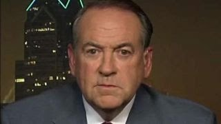 Huckabee: WikiLeaks revealed Clinton's 'criminal enterprise'