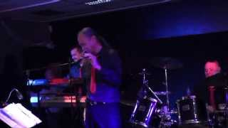 "The Entertainers - Dansavond, zaal ""De Wereld"", Rucphen 11 jan2014 - ""Is It Wrong For Loving You"""