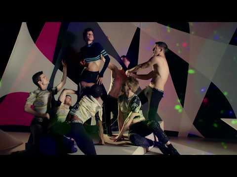 Versace FW16 ADV Campaign | Dilone