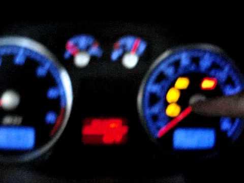 r32 engine reving.MPG