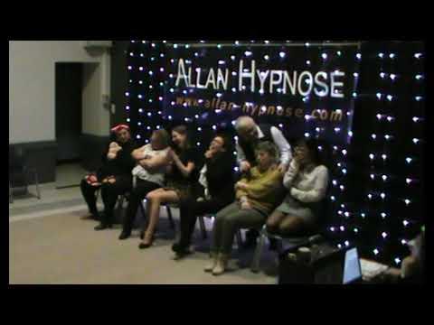 allan-hypnose-:-la-classique-scène-du-cinéma-avec-un-film-drôle,-puis-triste,-et-des-événements-...