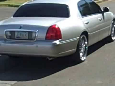 Towncar 22s All Up In Da Projects Youtube