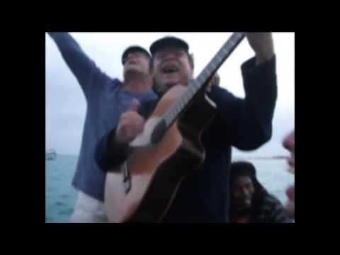 Singing after sailing / Cantando depois de vela. Sal, Cape Verde. July 2013
