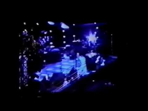 Genesis - VIDEO - Live in Oakland 6/20/1992 - We Can't Dance