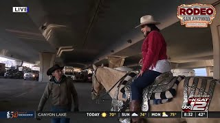 KSAT 12 News reporter Alicia Barrera goes horseback riding