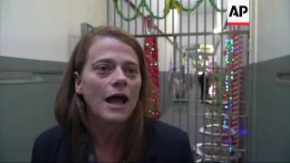Brazil: Female prison inmates celebrate Christmas
