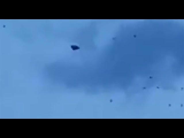 Graban una flota de ovnis escoltando a una nave nodriza sobre La Haya