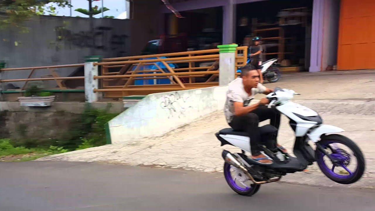 Honda Beat 130cc open - YouTube