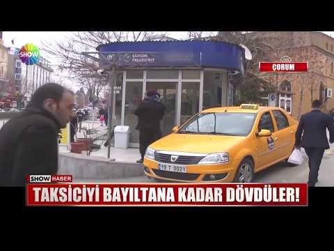 Taksiciyi bayıltana kadar dövdüler!