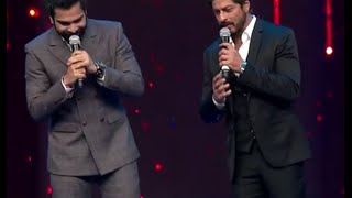 shah rukh khan crazy dance at the royal stag mirchi music awards