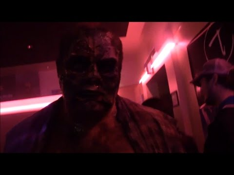 SH Vlog 10-31-16 #111  Mini Haunt Tour reviews!