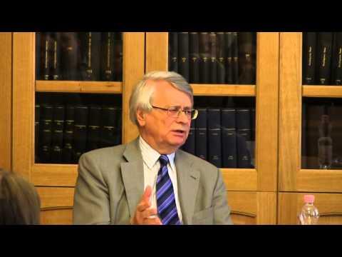Juhász Endre előadása az Európai Unió Bíróságának működéséről