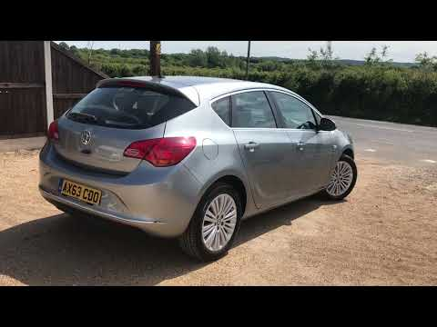 2014 VAUXHALL ASTRA 1.6 EXCITE FOR SALE | CAR REVIEW VLOG