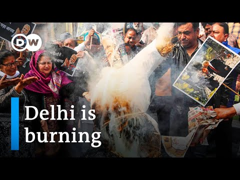 Violence in Delhi overshadows Trump's visit to India | DW News