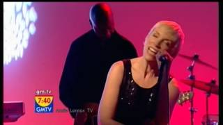 ANNIE LENNOX Walking on Broken Glass LIVE GMTV 2009