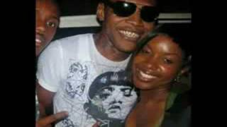 VYBZ KARTEL - SHE HOLDING ON (CARDIAC BASS RIDDIM) JUNE 2k10