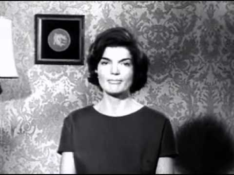 1960 U.S. Presidential Election Ad - Jackie O speaks Spanish for husband John F. Kennedy