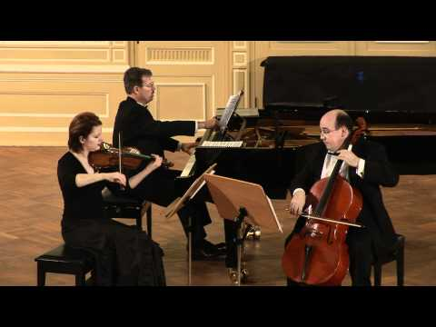 J. Higdon - Piano Trio - Pale Yellow