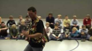 """Szenen aus dem workshop """"Die Zauberflöte"""" mit der  Wiener Kinderopernbühne"""