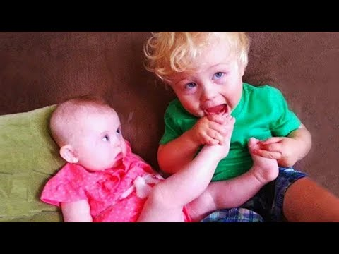 Funny Siblings Baby - Funny Baby Video