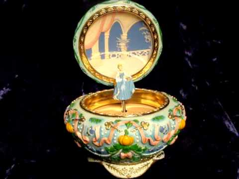 DISNEY CINDERELLA SCULPTED MUSICAL JEWELRY BOX 2002 YouTube