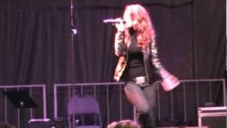 Alisha Nauth - Alejandro