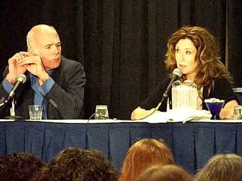Michael Hogan Mary McDonnell 2 Dragoncon 2009