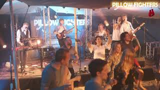 Uit M'n Bol   Pillow Fighters Coverband @ Young Colfield Festival 2019