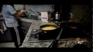 Scalloped Potatoes & Strogonaff - Panasonic Lumix Gh2 (un-hacked Video Test)