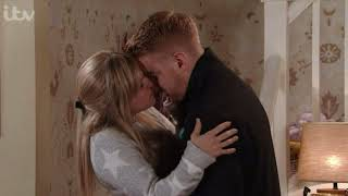 Corrie Sarah kisses Gary then goes upstairs to have sex