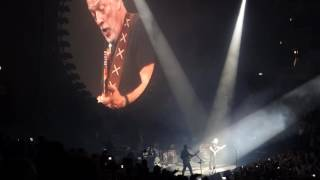 بالفيديو- بنديكت كومبرباتش يغني Comfortably Numb بجانب ديفيد جليمور