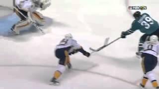Невероятный сейв хоккейного вратаря!