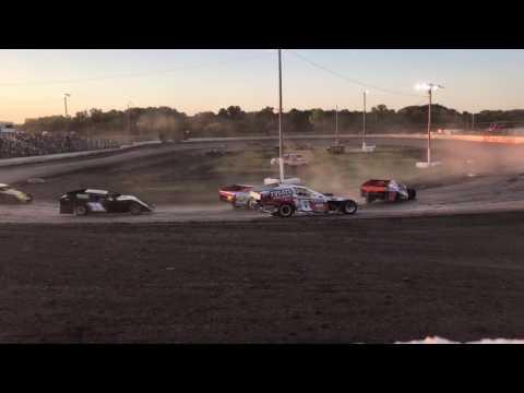 USRA B-Mod Heat Race 7/29/2017