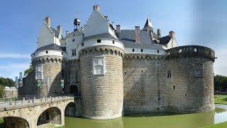 видео Обзорная экскурсия по Парижу: замки Луары и прочие достопримечательности