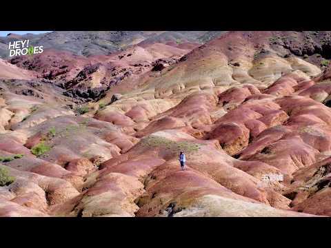 他一个人走遍新疆,用无人机拍出了这些绝美景色