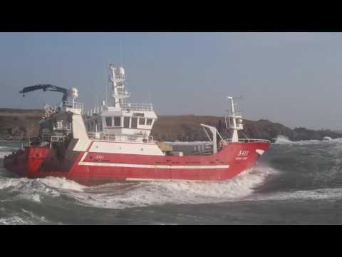 Sarah David S411 - Fishing trawler leaving Ardglass in Stormy Irish Sea
