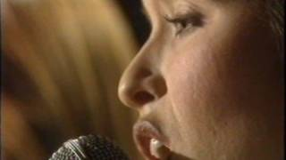 The Corrs - Runaway & Along With The Girls (Forgiven not Forgotten EPK)