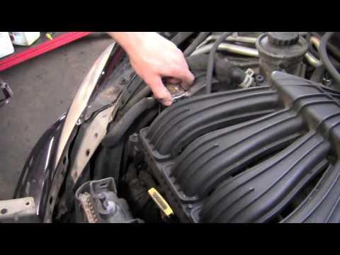 PT Cruiser Cooling Fan - YouTube
