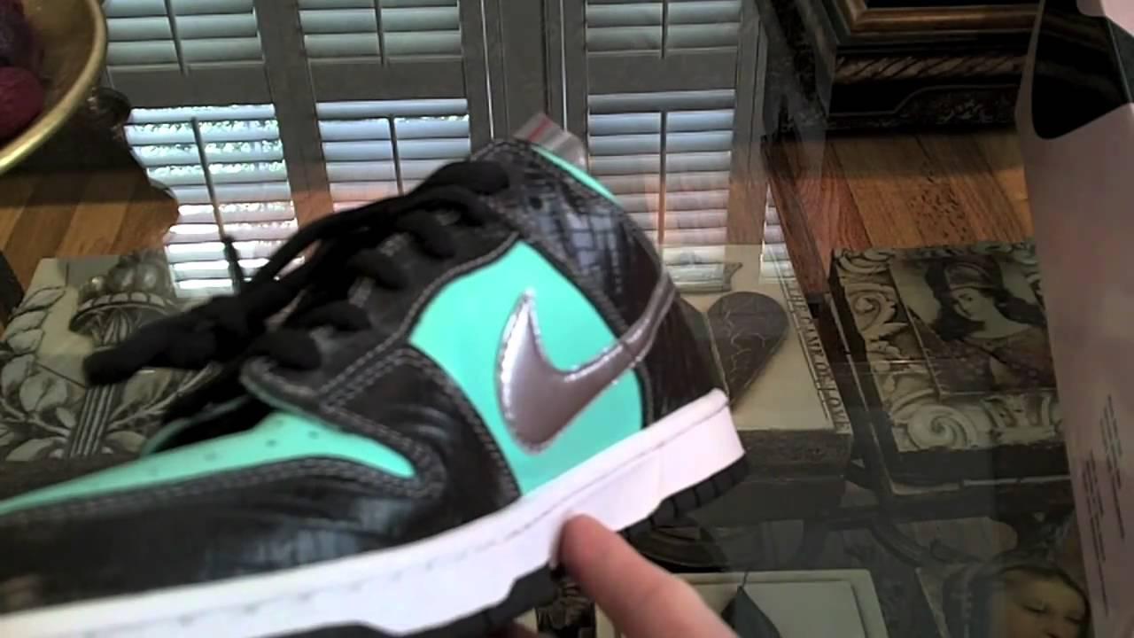new concept d1c46 7369e Legit Check Nike SB Tiffanys