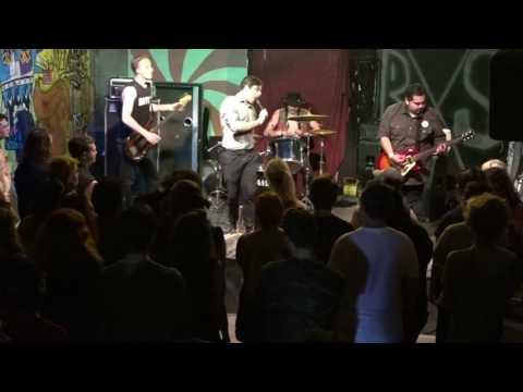 Dumb Fest 5, Day 2, Main Stages, Act 10 - Suzie Q (Omaha, NE) || June 10, 2017