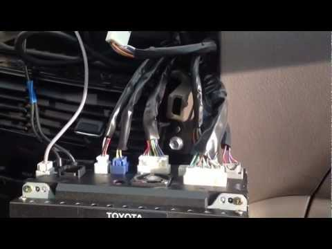 hqdefault 2005 toyota sienna nav system replacement youtube 2011 toyota sienna radio wiring diagram at bayanpartner.co