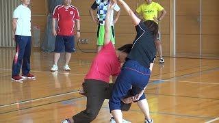 小学校の体育の時間に行える、様々な「体つくり運動」をまとめました。...