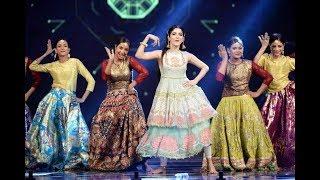 Mawra And Reema Amazing Dance performane in LSA 2017