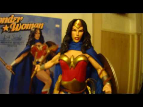 Wonder Woman 1/4 Museum Quality Statue by DC Direct