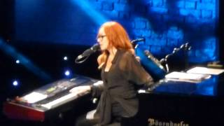 Tori Amos - Roosterspur Bridge (Greek Theatre, Los Angeles CA 7/23/14)