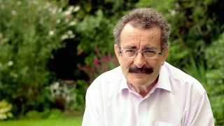Professor Robert Winston Introduces The Essential Baby Care Guide