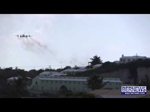U.S. Navy Plane Diverts After Engine Failure, May 29 2013