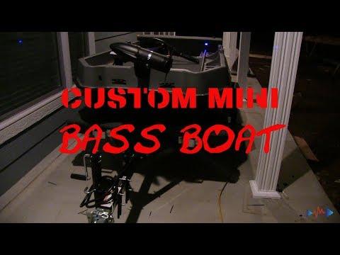 Sundolphin Custom Mini BASS BOAT
