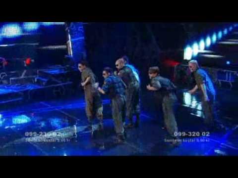 Star pilots 'Higher' Melodifestivalen 2009
